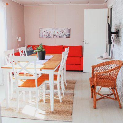 camping-semester-pa-aland-5-personers-vardagsrum-2